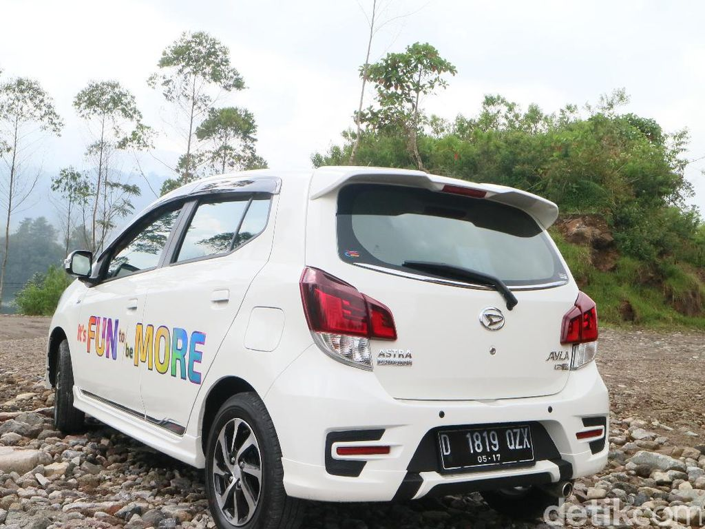 Berkat mesin dual VVT-i mobil diklaim Daihatsu memiliki kinerja powerful, karena menghadirkan sistem pengaturan bahan bakar dan udara yang diatur secara optimal, sehingga lebih ekonomis dan irit bahan bakar. Foto: Dina Rayanti
