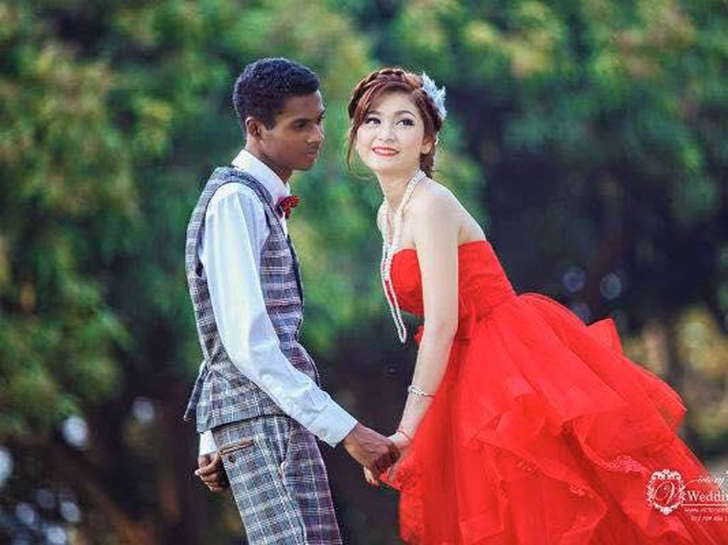 Momen pernikahan foto prewedding mereka. (Foto: Facebook)