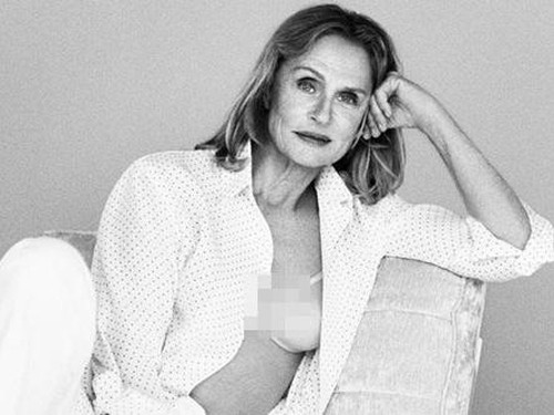 Di Usia 73 Tahun, Wanita Ini Jadi Model Lingerie