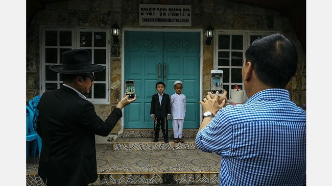 Fotografer CNN Indonesia Raih Dua Penghargaan APFI 2017