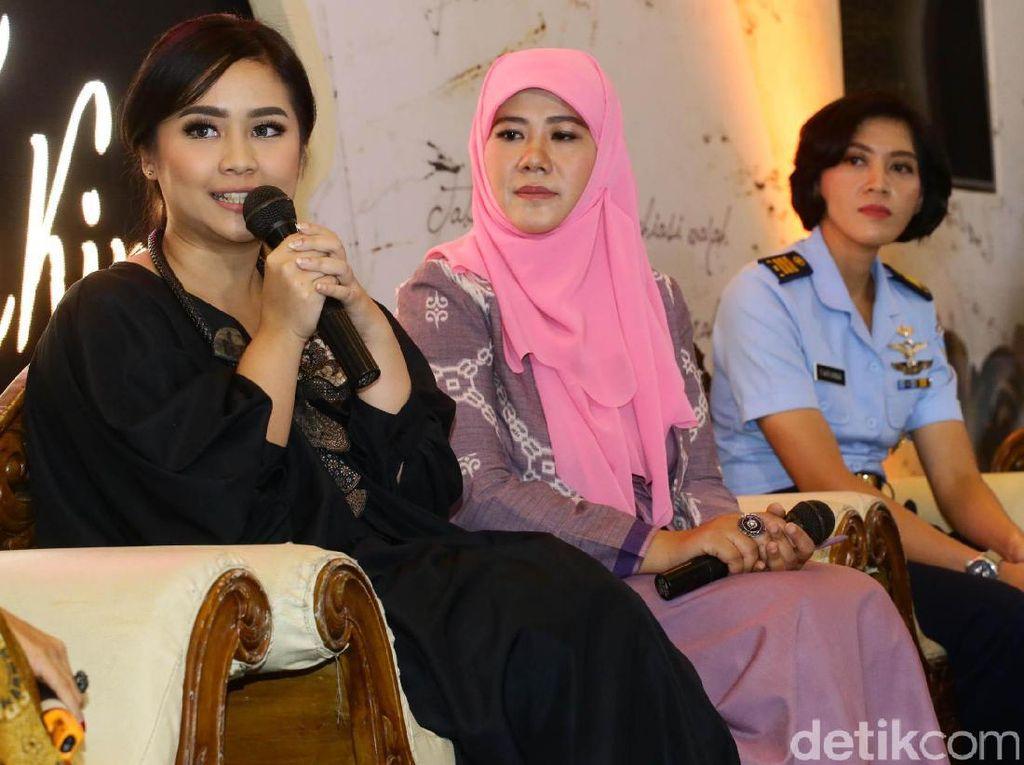 Para wanita inspiratif tersebut berbicara mengenai seperti apa sosok Kartini Masa Kini. Termasuk Gita Gutawa.