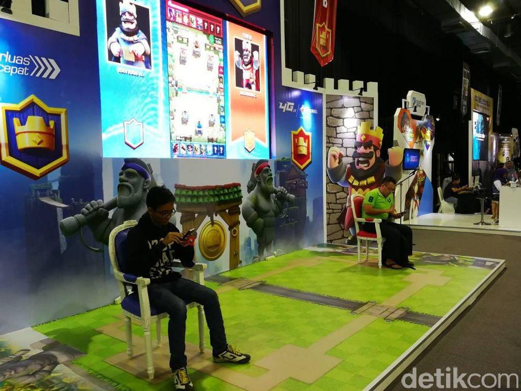 Indonesia Game Championship 2017 ini dimulai dari kerinduan Telkomsel untuk membangun digital Indonesia. Di Telkomsel sendiri, bisnis digital kami termasuk di dalamnya video, musik, dan game, kata Trio Yamad G. Lumbantoruan General Manager Games & Apps Telkomsel. (Foto: detikINET/Muhammad Alif Goenawan)