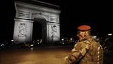 <p>Presiden Perancis, Francois Hollande, berjanji akan meningkatkan kewaspadaan, mengingat peristiwa ini terjadi dua hari menjelang pemilihan umum presiden. (AFP Photo/Benjamin Cremel)</p>