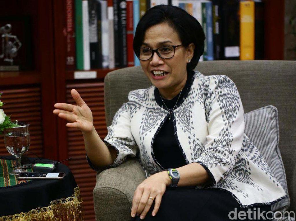 Wanita kelahiran Lampung, 26 Agustus 1962 tersebut diakui kepiawaiannya dalam bidang ekonomi tidak hanya di Indonesia, namun juga dunia. Lepas dari posisi menteri pada Mei 2010 silam, Sri Mulyani mendarat di Bank Dunia sebagai Managing Director.
