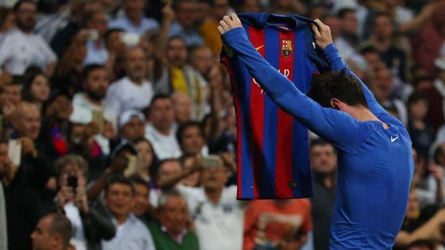 promo code 4e6b5 f88d0 Messi Pamer Kostum Hasil Bertukar, Tak Ada Jersey Ronaldo