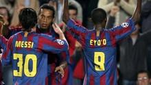 Sinar Ronaldinho Tergerus Messi dan Dunia Malam