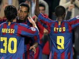 Lindungi Messi dari Bir, Barcelona Jual Ronaldinho