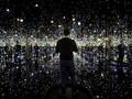 Menyelam Imajinasi 65 Tahun Polkadot Yayoi Kusama