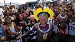 Perjuangan Suku Indian Pertahankan Tanah Leluhur di Brasil
