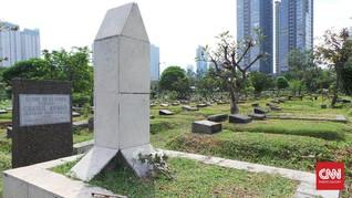 Cerita Mawar Kering dan Rumput Liar dari Makam Chairil Anwar
