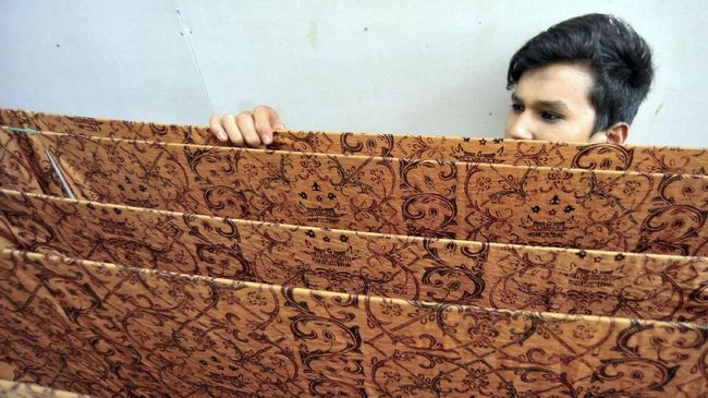 Tips Menyimpan Batik Agar Awet