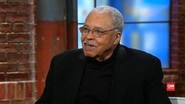 James Earl Jones Terima Penghargaan Spesial Tony Awards