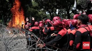 Karangan Bunga Ahok Dibakar, Netizen Nyinyir Soal Aksi Lilin