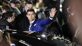 Ronaldo Habiskan Rp101 Miliar untuk Beli Mobil