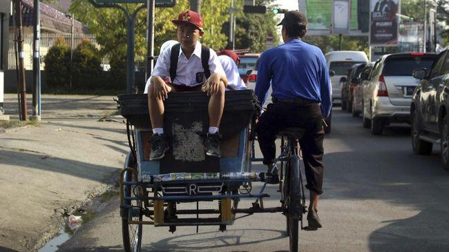 Anies Janjikan Rute Khusus untuk Becak di Jakarta
