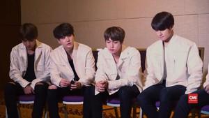 Jin 'BTS' Coba Potong Poni Sendiri