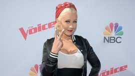 Christina Aguilera Kenang 20 Tahun 'Genie in a Bottle'