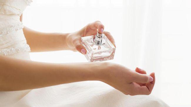 Trik Agar Parfum Tahan Lama