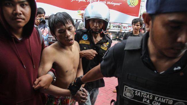 Sebanyak 70 Tahanan Pekanbaru Ditangkap, 100 Lebih Diburu
