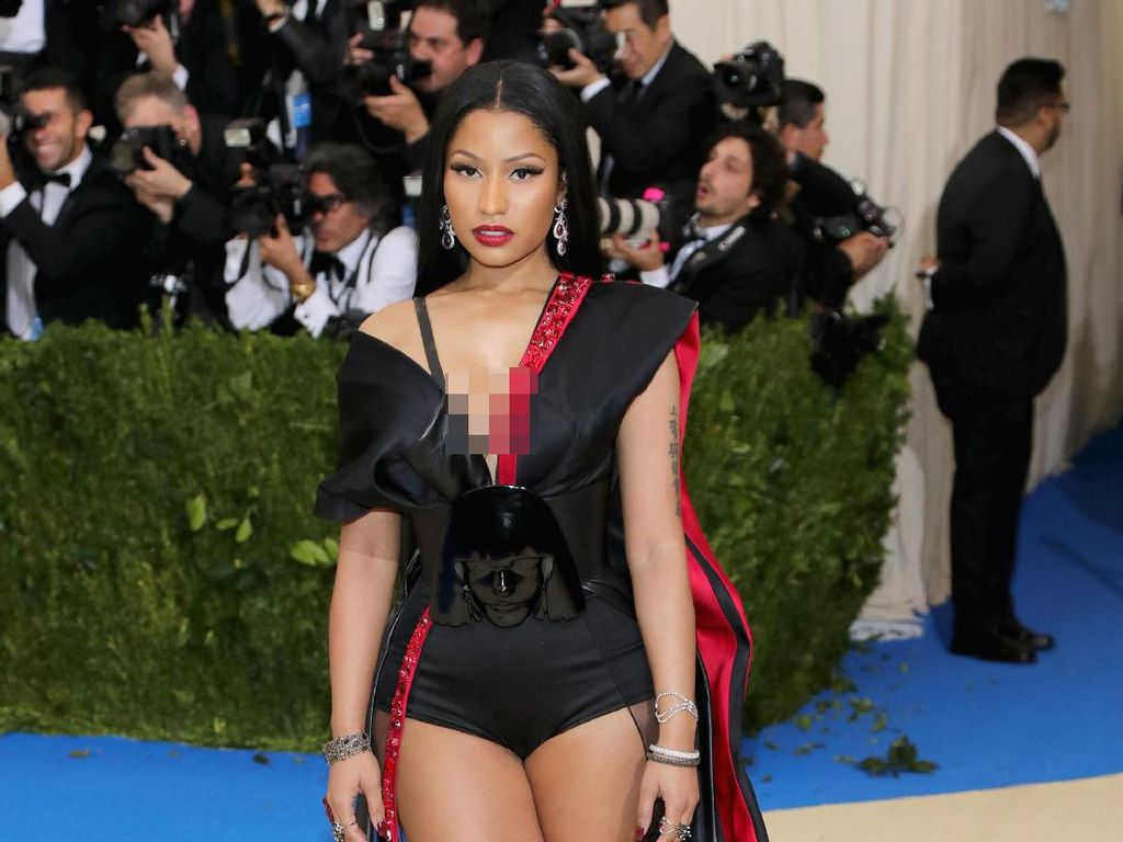 Foto: 15 Penampilan Seksi Nicki Minaj di Red Carpet
