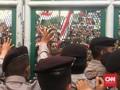 Bubarkan Massa Pro Ahok, Polisi Siapkan Gas Air Mata
