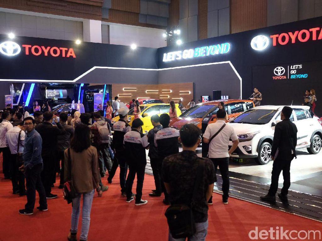 Setelah Surabaya dan Jakarta, Gabungan Industri Kendaraan Bermotor Indonesia (Gaikindo) akan melanjutkan rangkaian pameran Gaikindo Indonesia International Auto Show (GIIAS) di Makassar. Istimewa/Dok. Toyota Astra Motor.