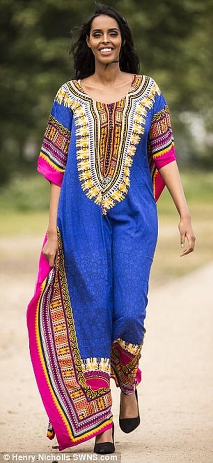 Foto Ini Wanita yang Akan Pakai Kaftan di Sesi Baju