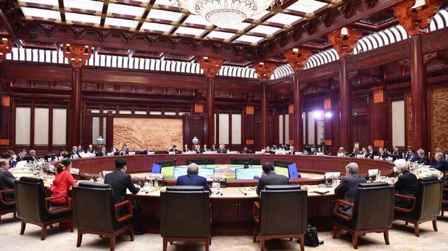 Luhut Pastikan RI Tak Terjebak Utang Proyek Jalur Sutra China