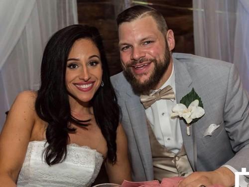 Pasangan Ini Menikah Setelah Kehilangan Total Berat Badan 262 Kg