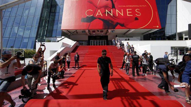 Festival Film Cannes Mendobrak Tradisi 50 Tahun