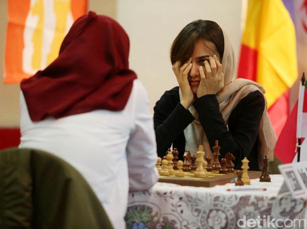 Japfa Chess Festival diikuti pecatur dalam dan luar negeri. Kali ini pecatur luar negeri yang ikut memeriahkan tak hanya dari Asia Tenggara, tetapi juga Amerika Latin, Timur Tengah, dan Eropa.