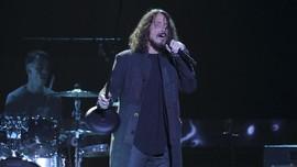 Album Baru Pearl Jam 'Tertunda' Karena Chris Cornell