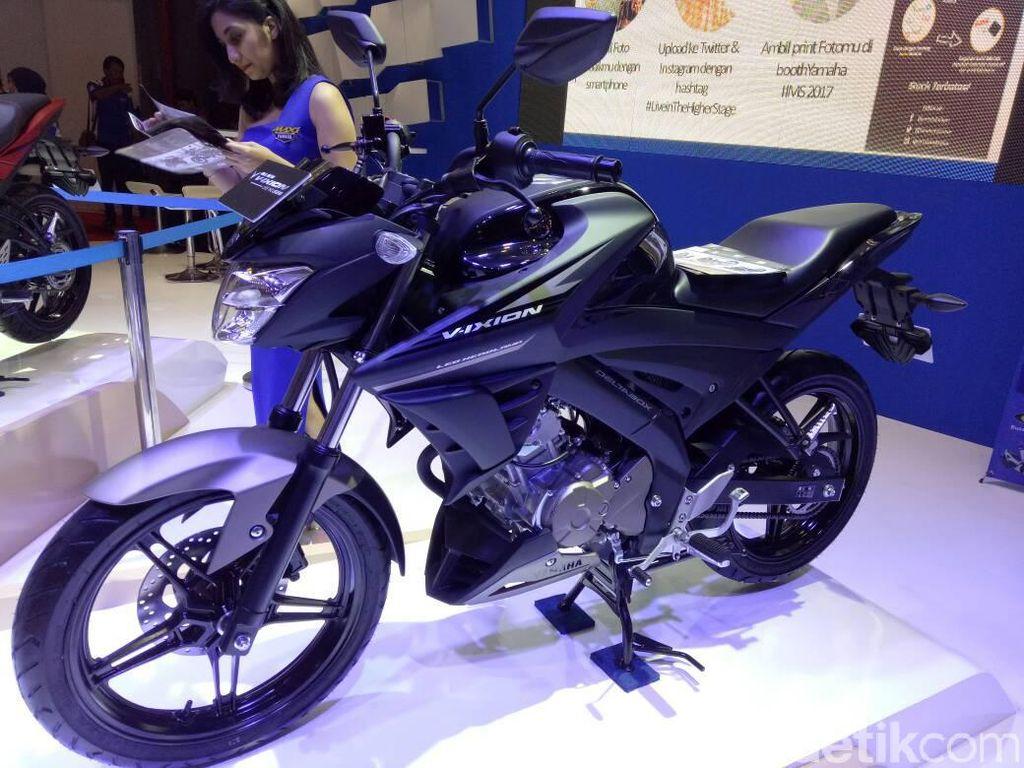 Yamaha All New V-Ixion dan V-Ixion Advance tercatat terdistribusi sebanyak 109.813 unit. Dari angka total itu, V-Ixion masih menjadi raja motor sport di Indonesia pada 2017. Foto: Hasan Alhabshy