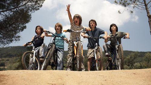 Beragam Manfaat Main Sepeda Bareng Teman untuk Anak-anak