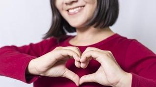 Kenali Gejala Serangan Jantung dari Jari, Mata, dan Telinga