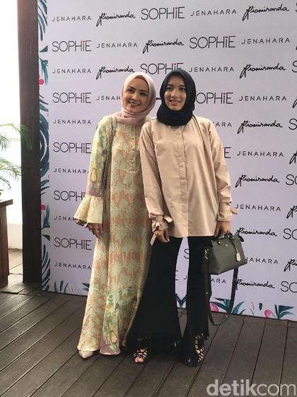 Ria Miranda dan Jenahara Rilis Koleksi Baju Lebaran Mulai Rp 200 Ribuan