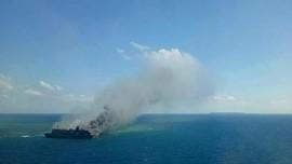 KM Santika Berpenumpang 111 Orang Terbakar di Sumenep