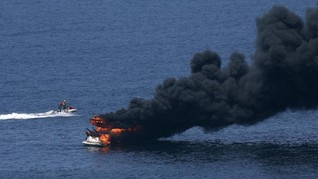 Kapal Pengangkut Penyelam Terbakar di AS, 8 Orang Tewas