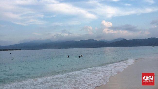 Imbas Gejolak Gunung Agung, Turis Berdatangan ke Lombok