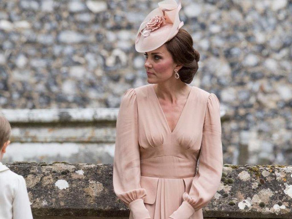 Alasan Kate Middleton Tak Akan Jadi Bridesmaid di Pernikahan Meghan Markle