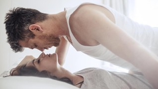 Lima Area yang Tidak Boleh Disentuh Pria Saat Bercinta