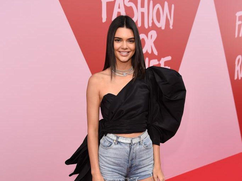 4 Liburan Impian Kendall Jenner, Salah Satunya Ada di Indonesia