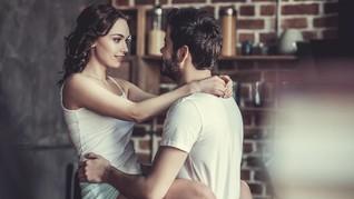7 Trik 'Pompa' Gairah Seks Setelah Punya Anak