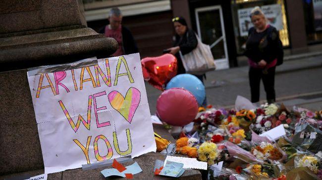 Ariana Grande Ingin Buat Lagu Kenang Korban Manchester