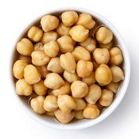 Kacang arab atau chickpea memiliki tekstur yang renyah dan tinggi serat, cocok sebagai camilan bagi Anda yang sedang berdiet. (foto: thinkstock)