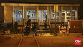 Adik Ipar Pelaku Bom Bunuh Diri Kampung Melayu Jadi Tersangka