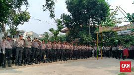 Polisi Kerahkan 15 Ribu Personel Jaga Demo Buruh