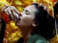 Menyerahkan Raga pada Dewa di Ritual Mistik Hau Dong