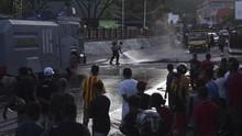 Polisi Tertembak Senapan Angin Saat Amankan Demo di Jayapura