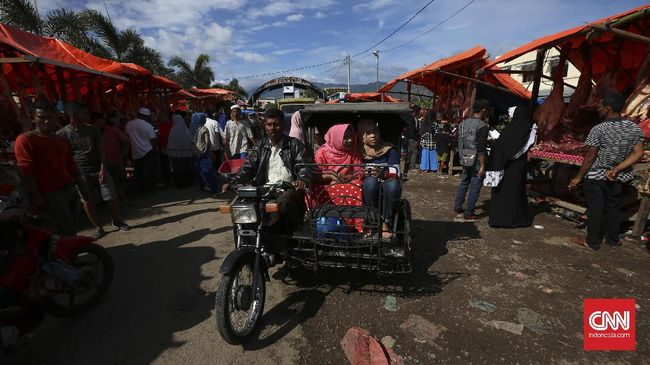 Atraksi Wisata Budaya Edisi Lebaran di Luar Jawa